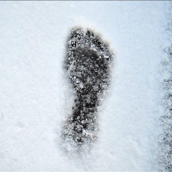 1 Kickan Holst Går man naken på snöig gata?