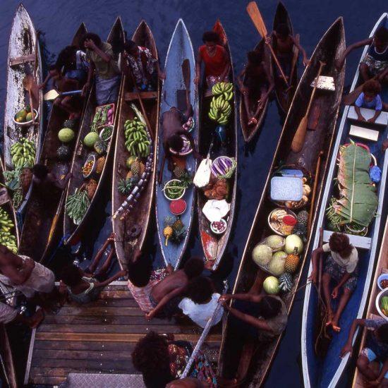 1 Olle Bäckstrand, Salomonoarna över ytan